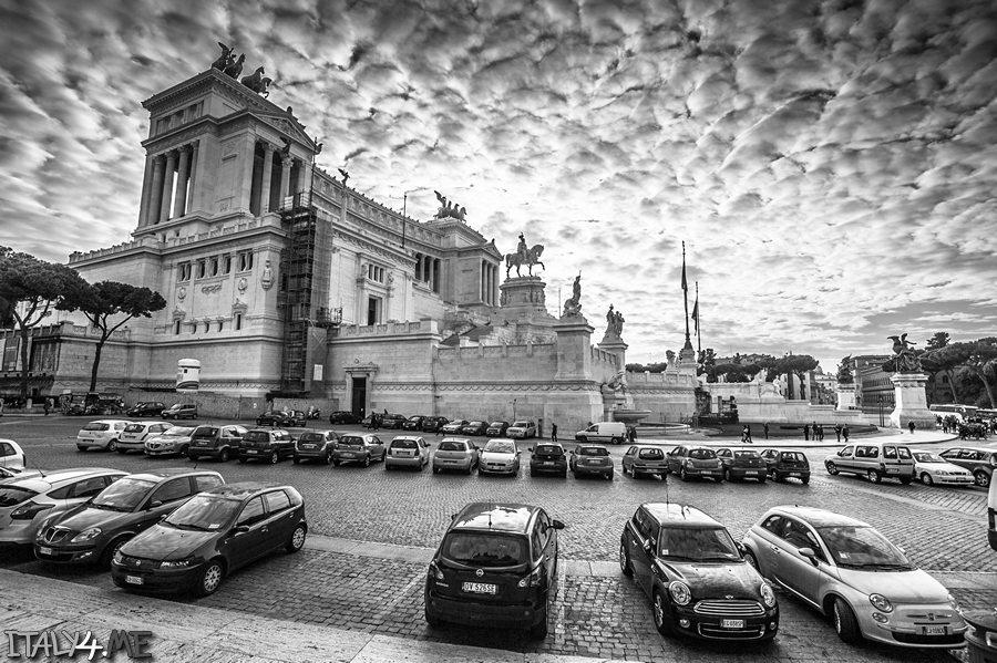 Рим Алтарь Отечества красивая черно-белая фотография