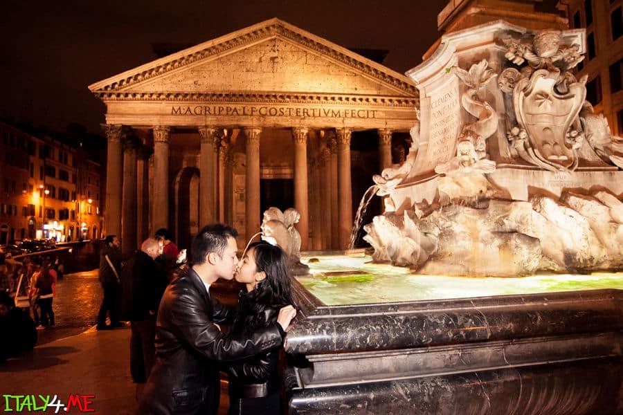 фотосессия в ночном Риме у Пантеона