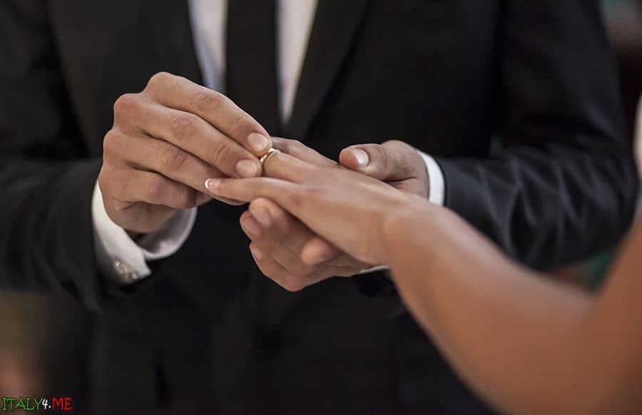 Свадебная церемония в Италии город Фаэнца