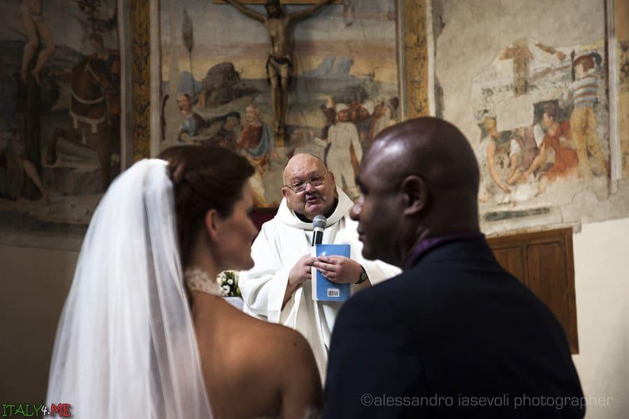 Свадебная церемония в аббатстве Сан Петро-ин-Вале