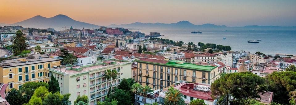 Неаполь Италия фото