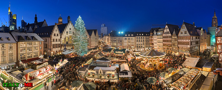 рождественская ярмарка в городе Больцано