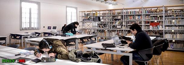 здание академии искусств в Милане