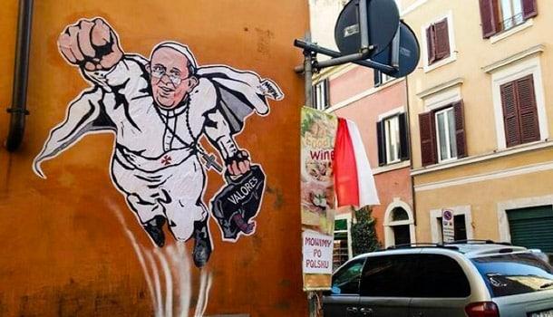 папа римский, супергерой