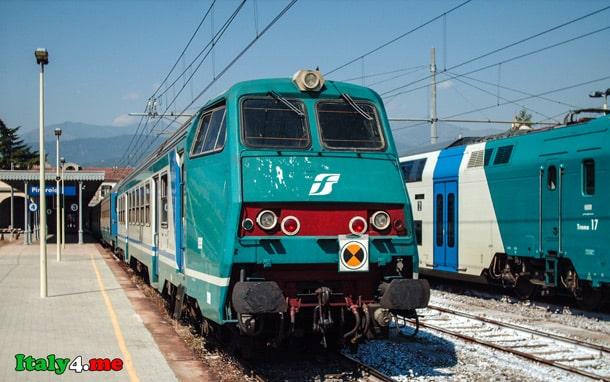 поезд Италия