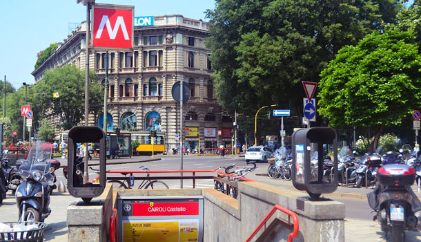http://italy4.me/wp-content/uploads/2014/02/Milan_metro.jpg