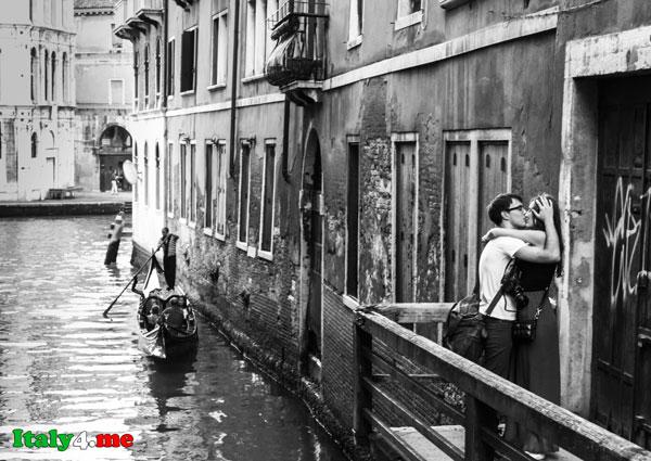 влюбленные в Италии