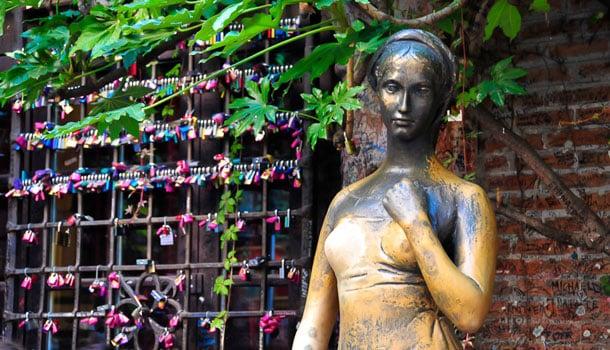 статуя Джульетты в Вероне