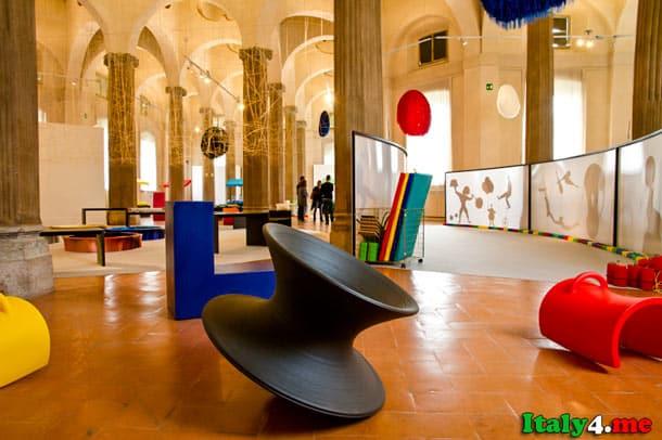 внутри детского музея в Милане