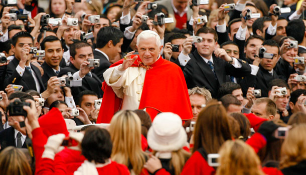 папа римский Бенедикт 16