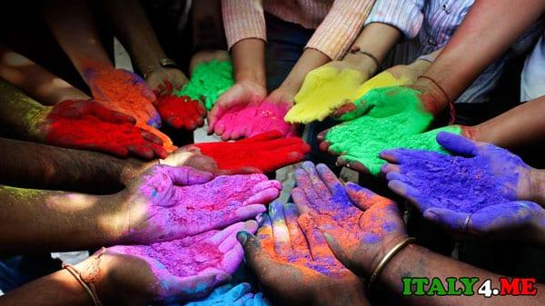 фестиваль красок в Риме