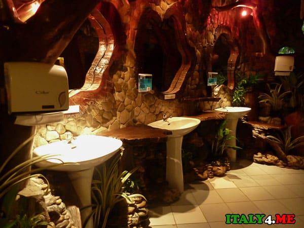 туалет ресторан Италия