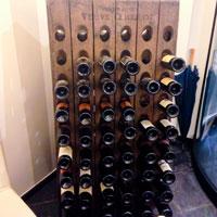 Вино в ресторане Sailinn