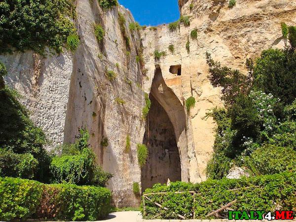 пещера на Сицилии