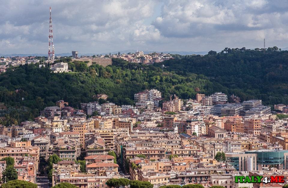 вид на римские холмы из Ватикана