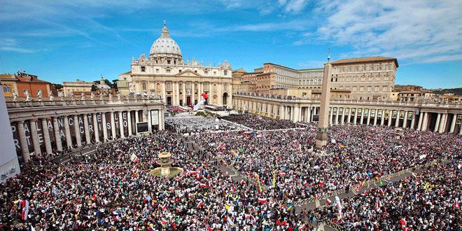 Беатификация папы римского в Ватикане