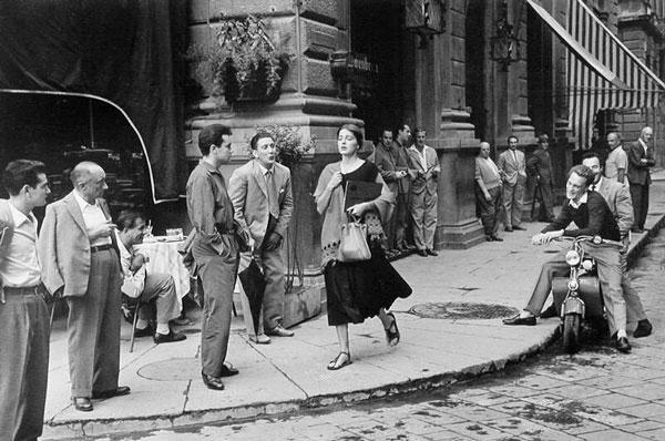 Итальянцы на улицах города
