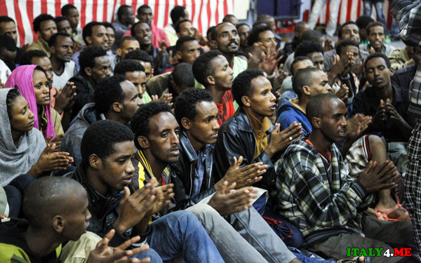 беженцы-в-Италии-август-2014-1