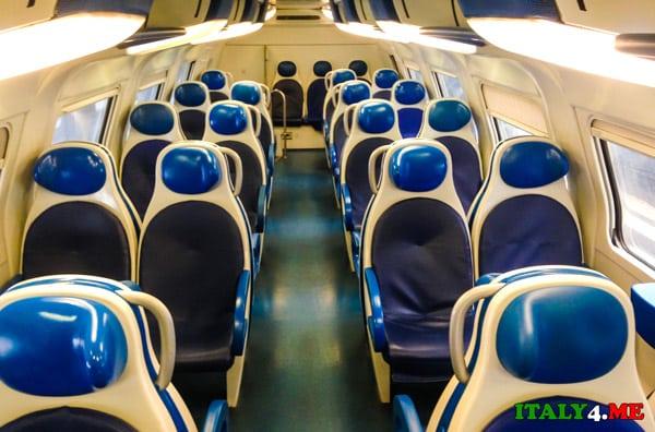 региональный-поезд-аэропорт-Фьюмичино-Рим