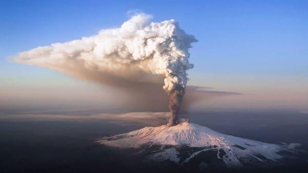 извержение вулкана в Италии