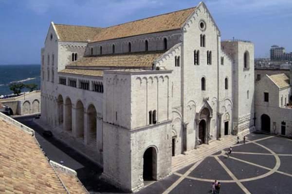 Храм св.Николая в Бари - Внешний вид