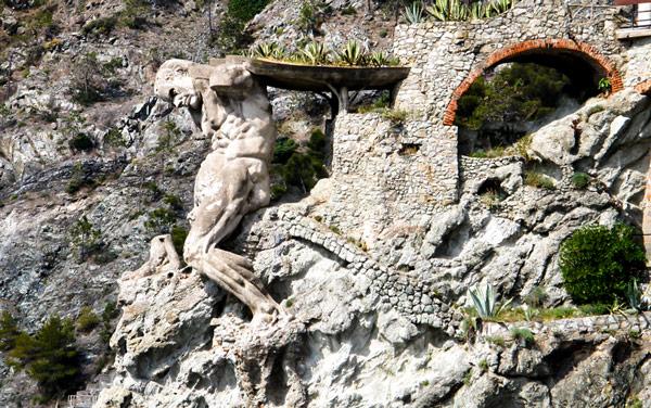 Статуя Нептуна Гиганта в Монтероссо