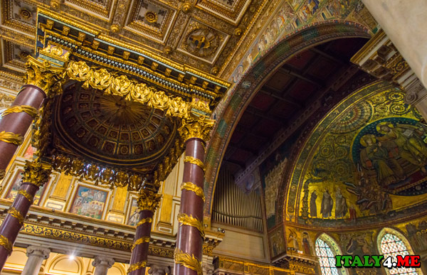 алтарь церкви Санта Мария Маджоре