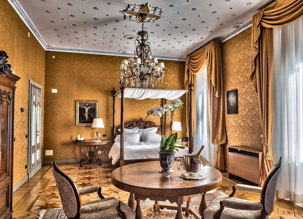 Отель Villa Crespi на озере Орта интерьер комнат
