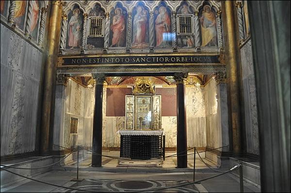 Церкви Рима - Капелла Святая Святых
