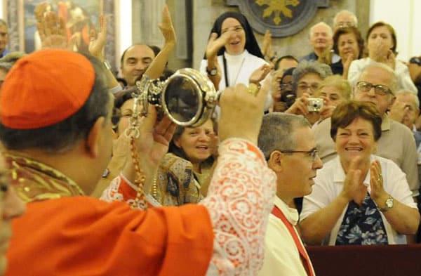 Собор святого Янария - чудо крови