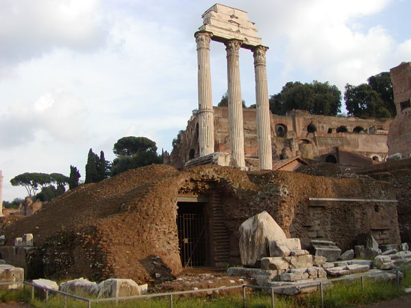 Римский форум - Храм Диоскуров