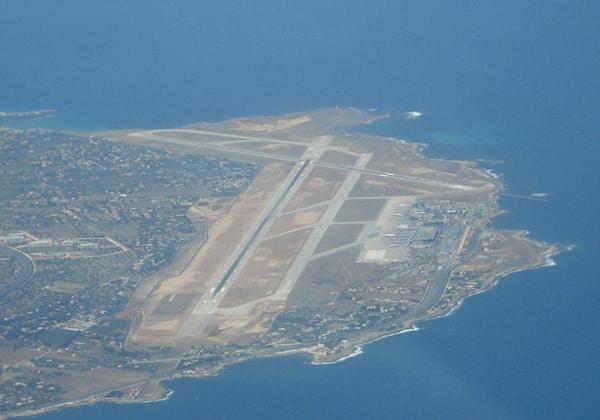 Аэропорт Палермо с воздуха