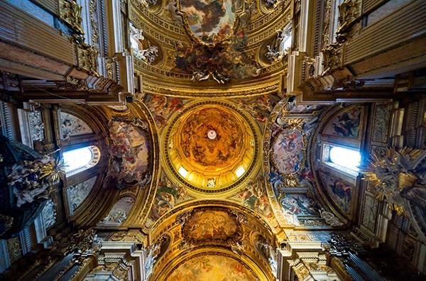 Церковь Джезу в Риме - Внутреннее убранство
