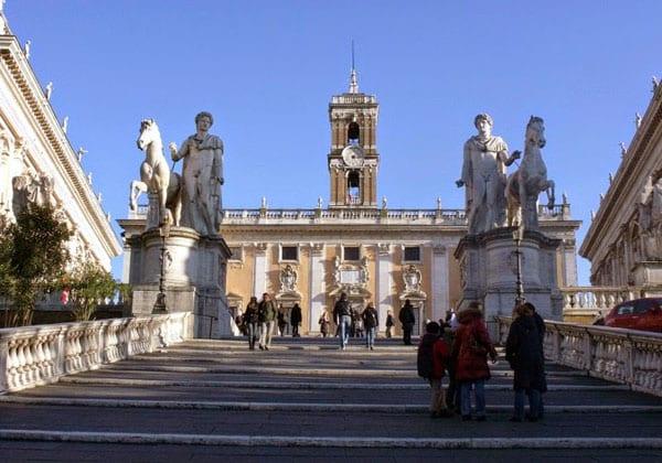 Капитолий в Риме - Лестница