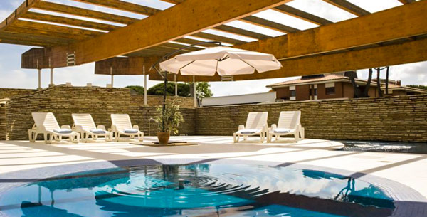 Отель Albergo Mediterraneo в Террачина