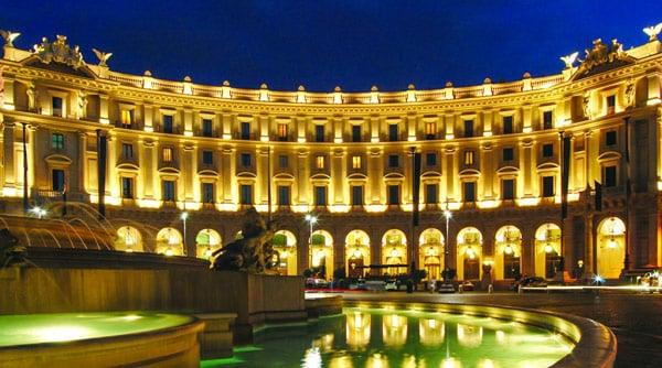 отель 5 звезд Boscolo Exedra Roma площадь Республики в Риме