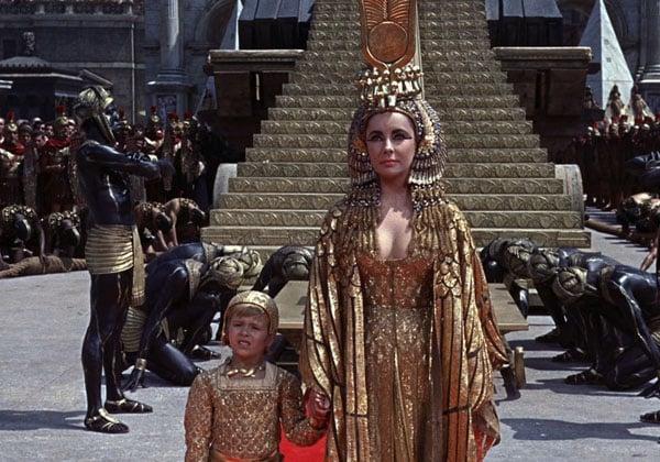 Сиятельная Лиз Тейлор в роли Клеопатры