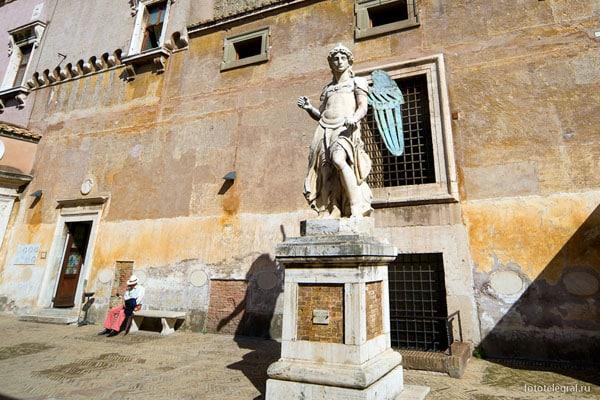 Замок Святого Ангела в Риме - Дворик ангела