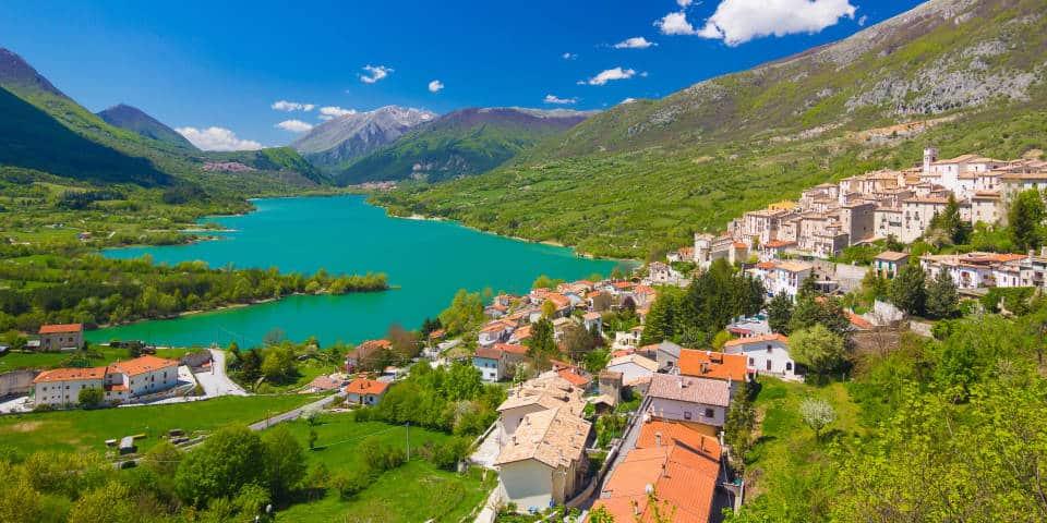 Озеро Барреа в Италии