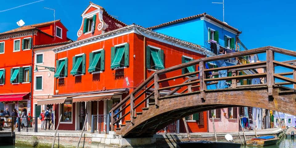 Красочные дома в Венеции