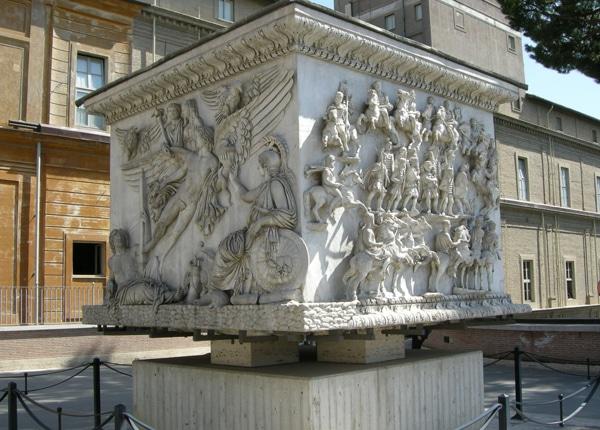 Колонны Рима - Колонна Антония Пия