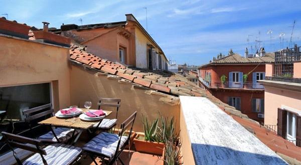 Trevi-Fountain-apartments