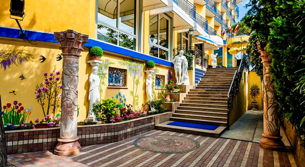 402_hotel_napoleon