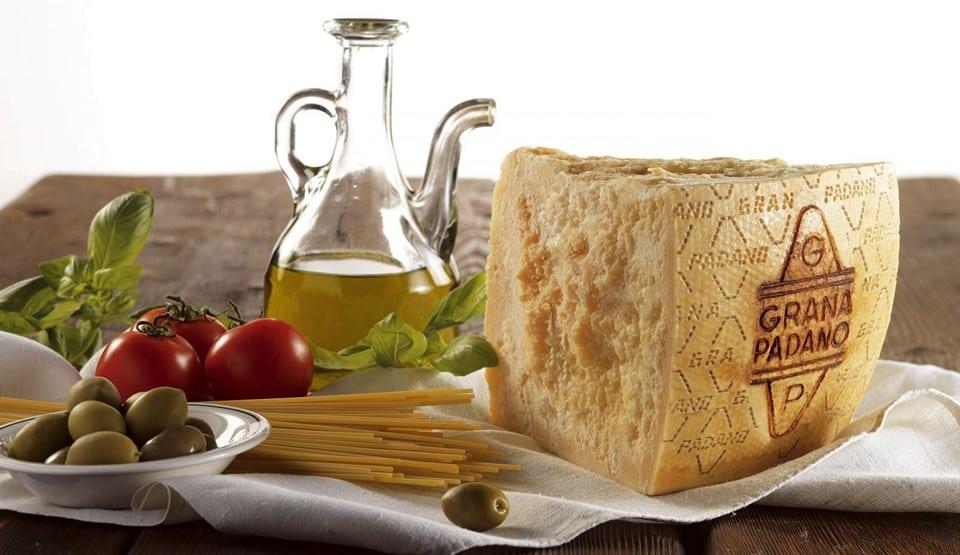 Калорийность 100 г сыра 384 кКал