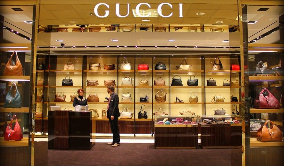 фирменный бутик Gucci