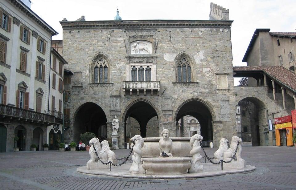 фонтан Контарини