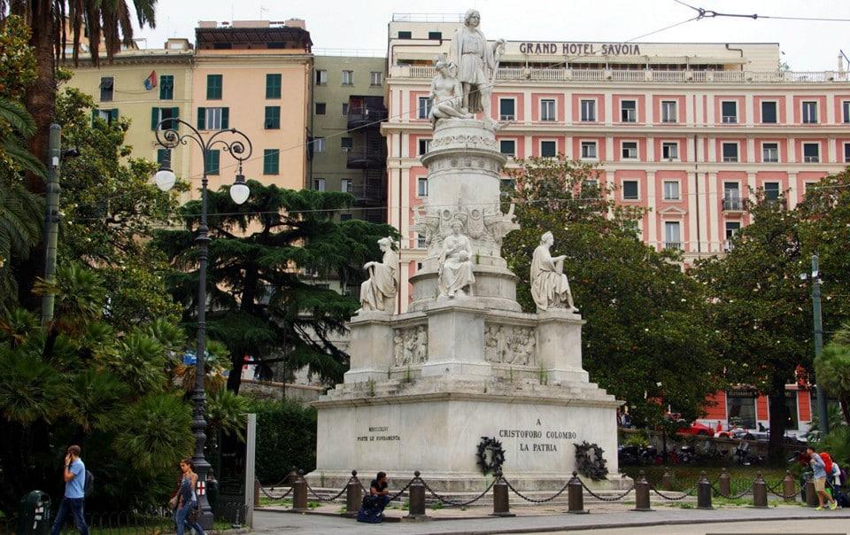 памятник Кристофору Колумбу