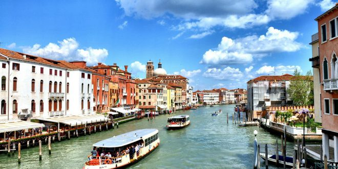 Вапоретто – водные трамвайчики в Венеции