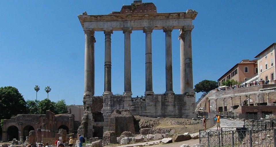 Храм Сатурна в Риме