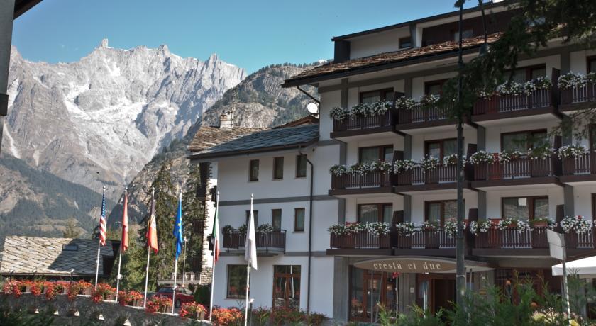 Отель Cresta et Duc 4 звезды
